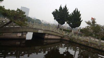Ningbo_s_B..on_Lake__1_.jpg