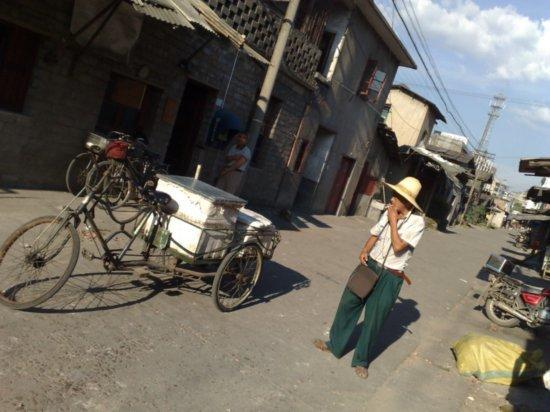 Last Beers N Noodles in Fujian Province 32