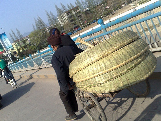 The Qingming Tomb Sweeping Festival