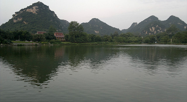 Longtan Lake & Plenty of Beers N Noodles in Liuzho