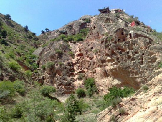 6-Xumi Shan Grottoes