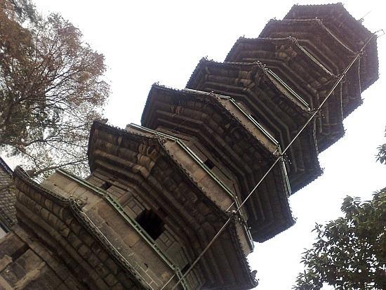 The Black & White Pagodas Adventure