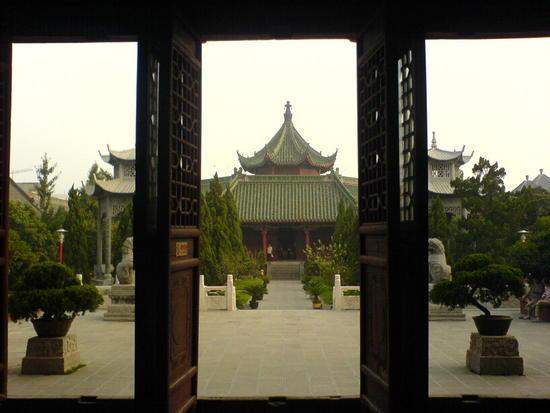 Kaifeng - Grand Buddha Temple (12)