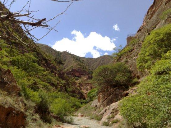 17-Xumi Shan Grottoes