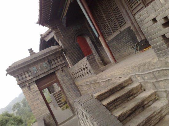 10-Jinci Temple Adventure