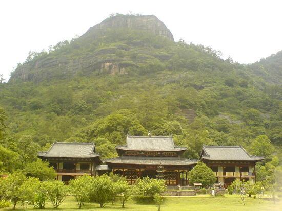 06 - 16 June 2007 - Wuyi Shan Day 1 (9)