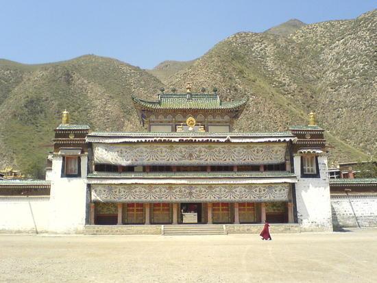 Town & Monastery Walk (12)