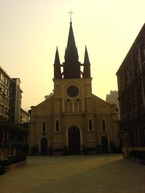 Shanghais Museums Bazaars & Bars (14)