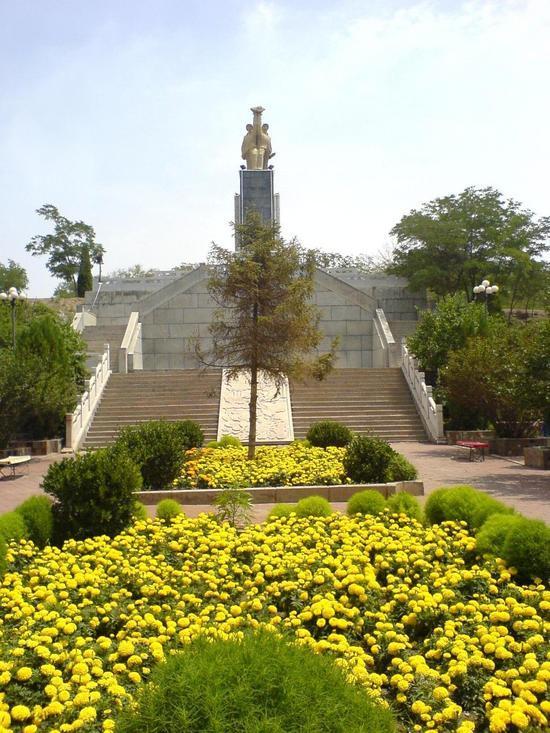 Baiyin Mappin The Town (2)