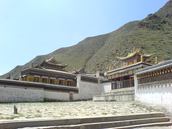 Town & Monastery Walk (24)