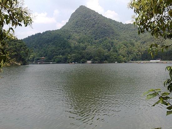 Qianling Mountain Park Adventure