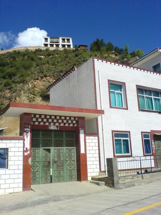 Town & Monastery Walk (1)