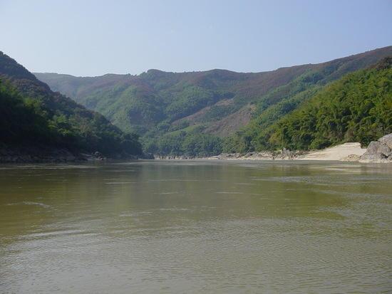 Galanba N Mekong  Rafting (1)