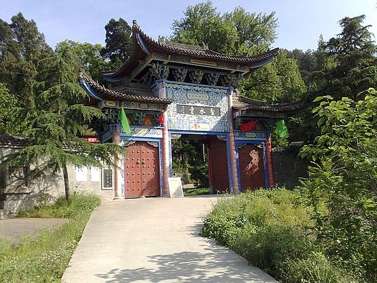 The Shengshuisi Temple Ride