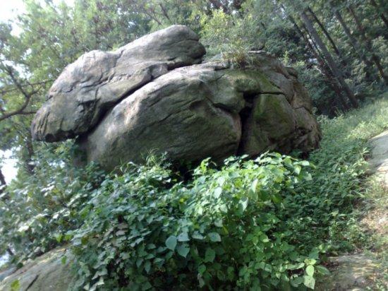 5-Climbing  Down Jigongshan