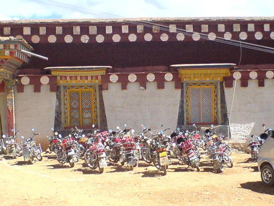 Town & Monastery Walk (11)