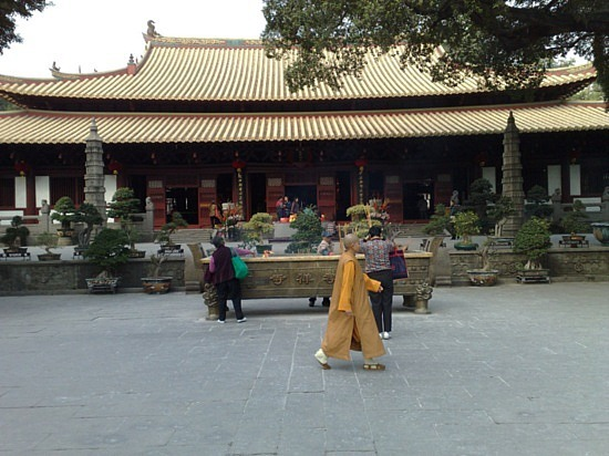 The Liurong & Guangxiao Temple & ShiShi Cathedral