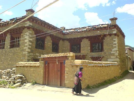 Litang Town & Monastery Walk (34)