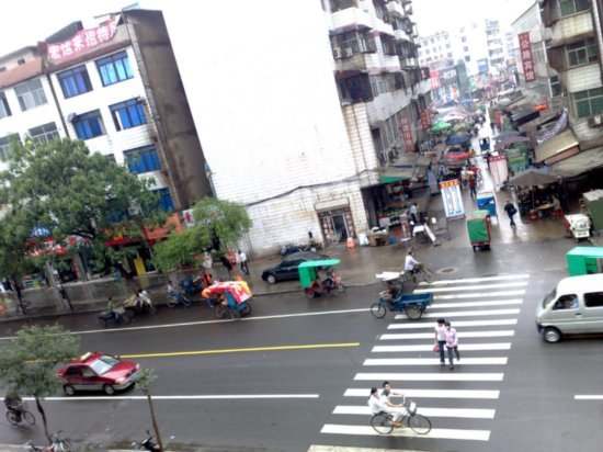 5-Xinyang  Crappy Hotel