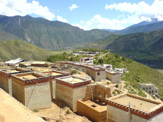 Town & Monastery Walk (14)