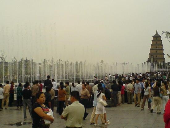 Big Goose Pagoda & City Square (33)