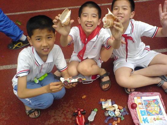 School Sale Afternoon (10)