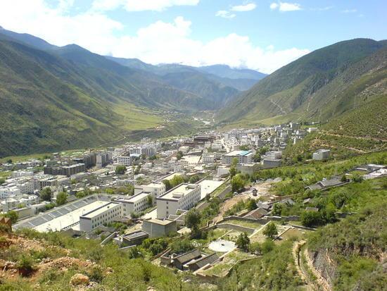 Town & Monastery Walk (9)