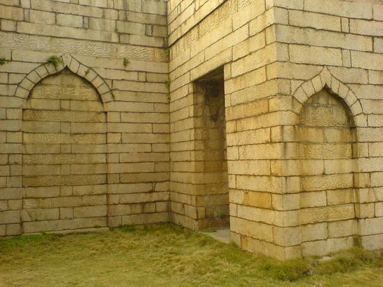 Ancient Mosque Walk (17)