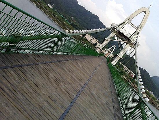 The Tunxi River Walk