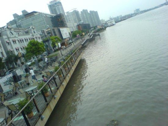 Ningbo City Walk 21