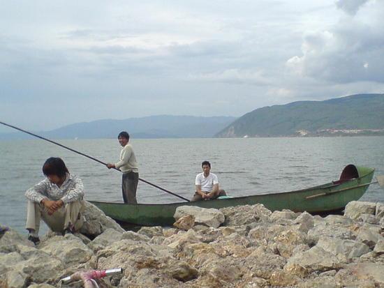 Dali Lake Village Walk (10)