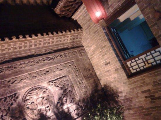 19-Sth East Cnr & Historical Residence