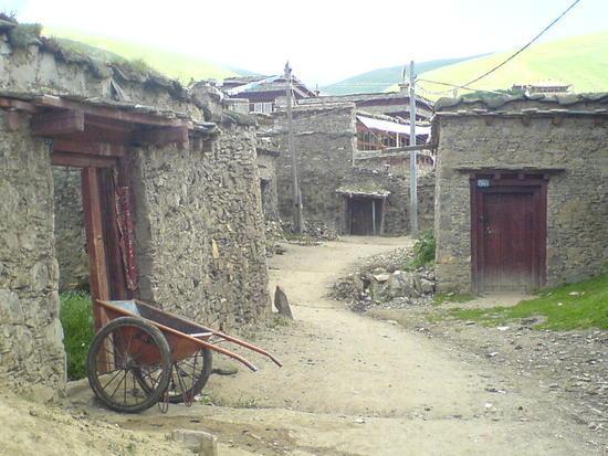 Litang Town & Monastery Walk (10)