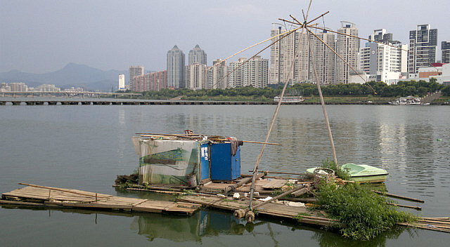 Ganzhou River Walking Adventure