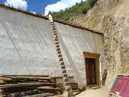 Town & Monastery Walk (4)