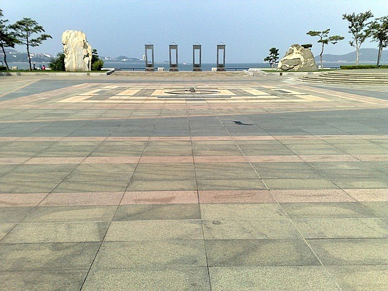 Weihai Foreshore & City Walk