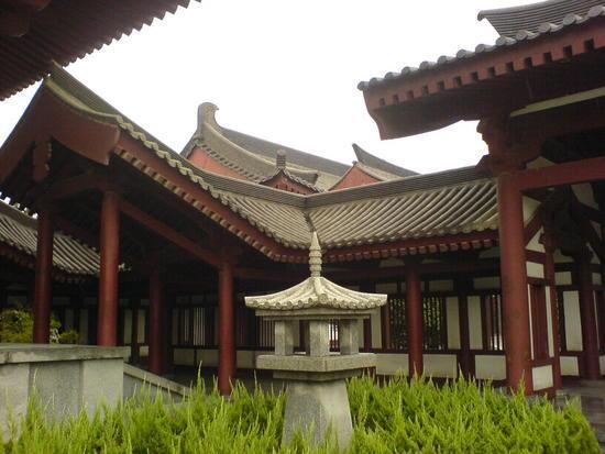 Big Goose Pagoda & City Square (22)
