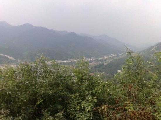 6-Climbing  Down Jigongshan