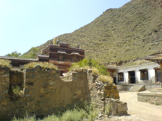 Town & Monastery Walk (21)