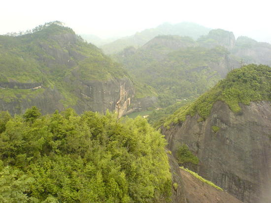 06 - 16 June 2007 - Wuyi Shan Day 1 (19)