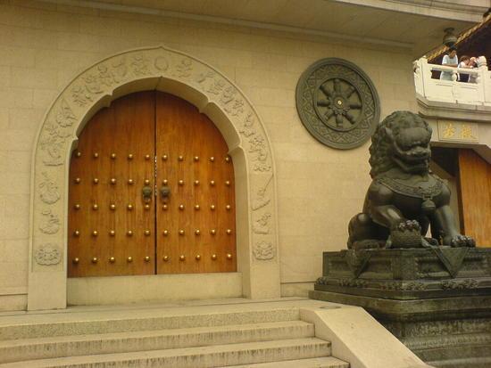 Shanghai City Temple Adventure (41)