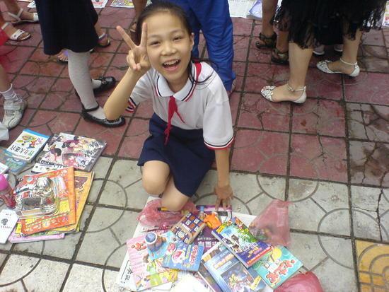 School Sale Afternoon (8)