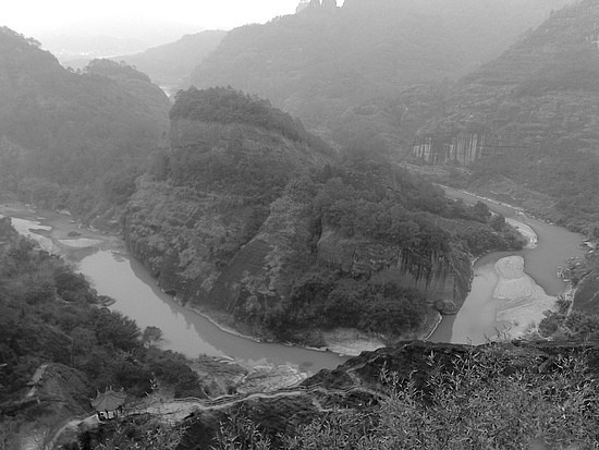 A Black N White Wuyishan Adventure