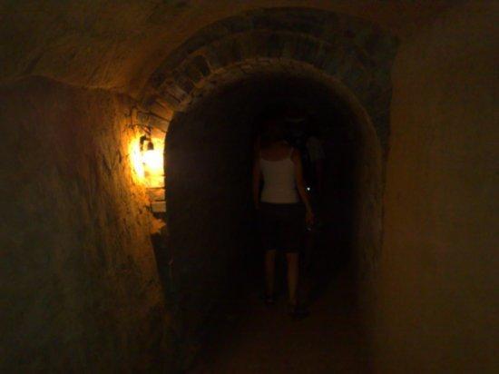 3-Wangs Court Yard & Zhang Bi Tunnels