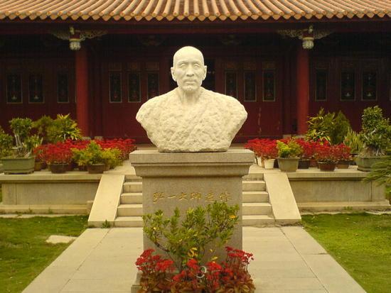 Kaiyuan Si Temple (15)