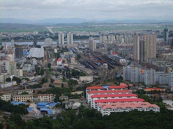 Jinjiangshan & Yalu River  Border