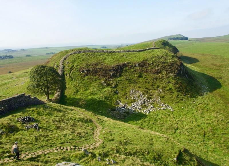 Sycamore gap in Hadrians wall