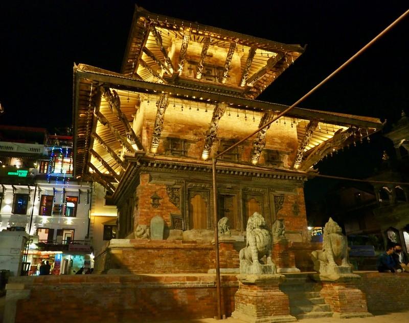 Patan, Durbar Square at night