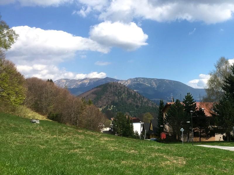 Donovlay ski village