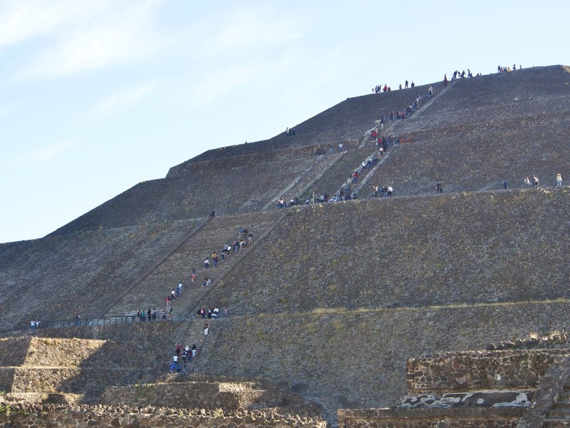 Starting climbing the Pyramid of the Sun